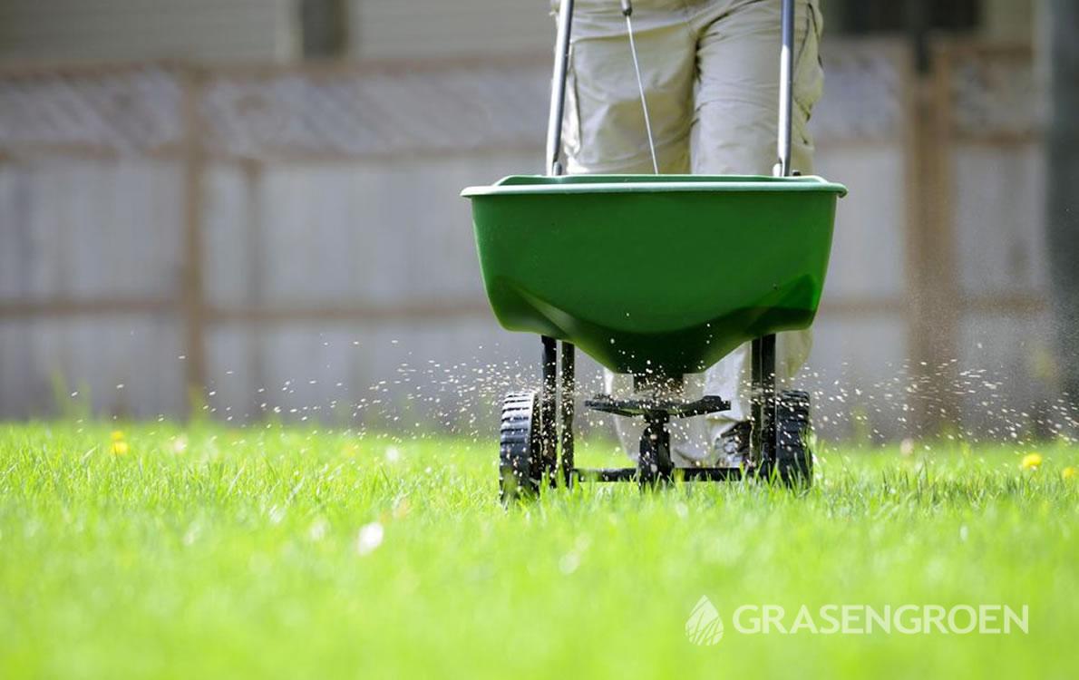 Gazonkalkstrooien2 • Gras en Groen Winkel
